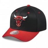 Original Casquette Mitchell & Ness Team Logo 2-tone 110 Snapback Chicago Bulls Noir