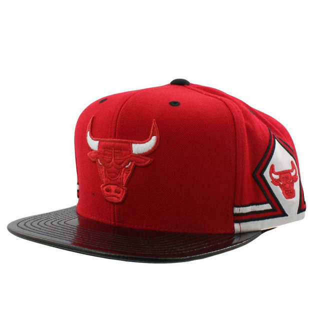 Casquette Chicago Bulls Mitchell&Ness Hook 11 snapback Rouge